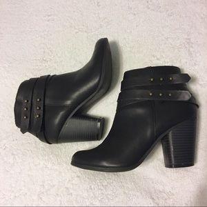 Lauren Conrad black ankle boots size 6.5